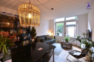 € 1.900 All-in | Bankastraat | East | Ref 6253 | Available from 26 Feb - 26 April (2 months)